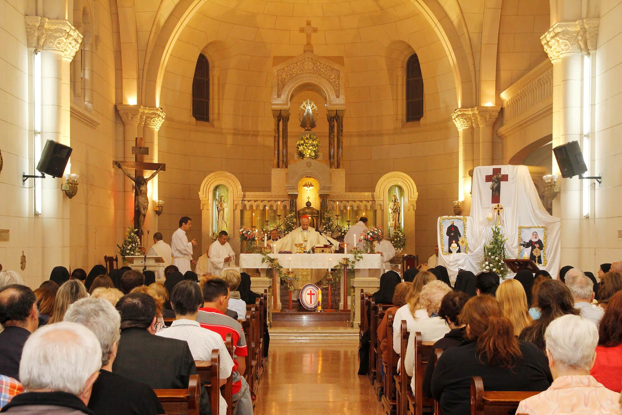 Celebración del 125 aniversario de la Congregación en la Capilla de la Clínica
